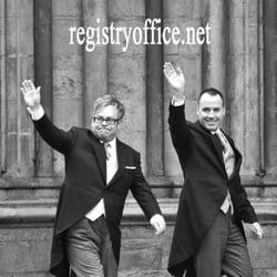 Photo Of Barnet Registry Office Wedding Photography London United Kingdom