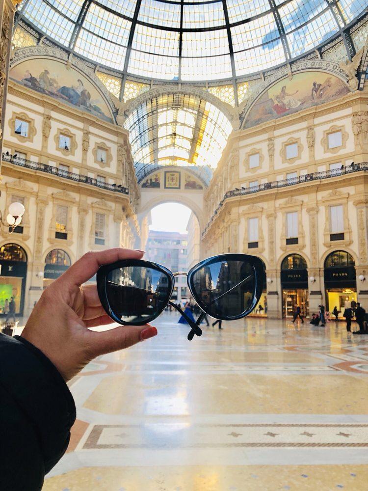 Galleria Vittorio Emanuele II: Galleria Vittorio Emanuele II, Milan, MI