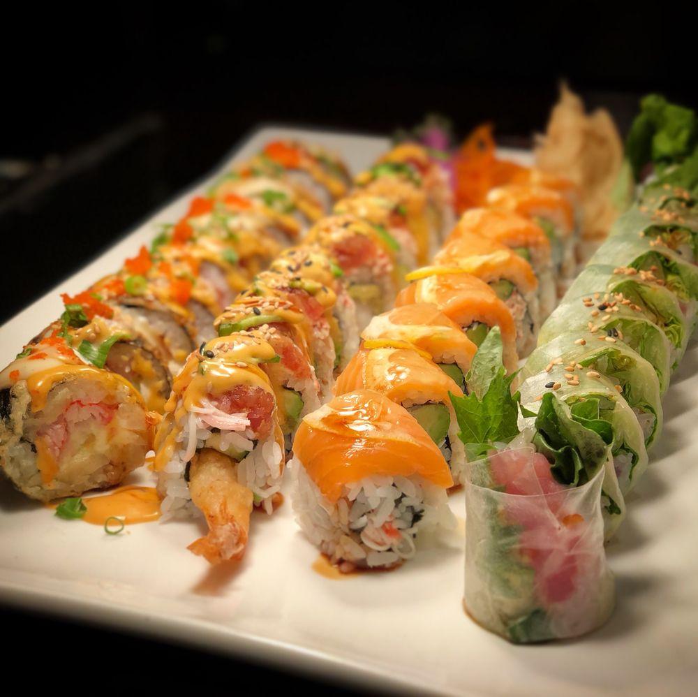 maki sushi bar grill 166 photos 146 reviews sushi. Black Bedroom Furniture Sets. Home Design Ideas