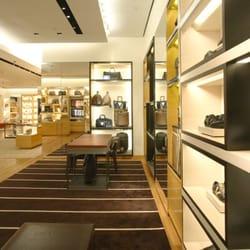 bafdf49e915 Louis Vuitton Natick - 57 Reviews - Leather Goods - 1245 Worcester ...