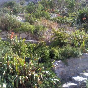 Jardin du vallon des auffes jardin botanique 11 rue du - Salon du jardin marseille ...