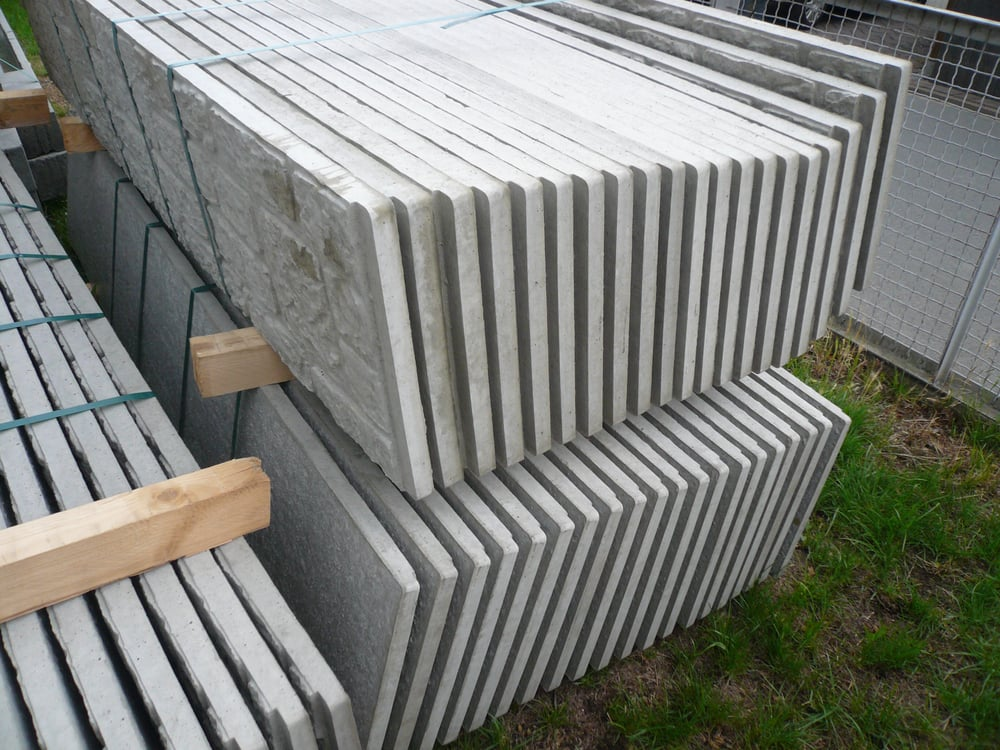 anlieferung der 29 pfosten und 140 platten beckers betonzaun yelp