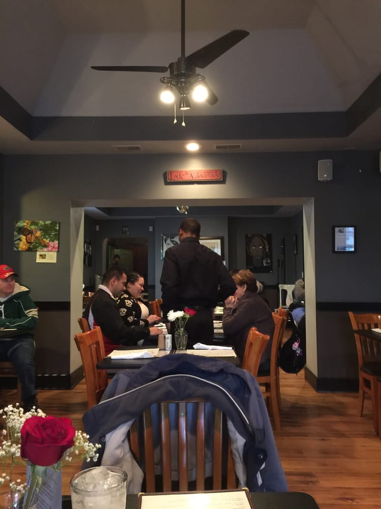Garden Brunch Cafe 255 Photos 447 Reviews American Traditional 924 Jefferson St Buena