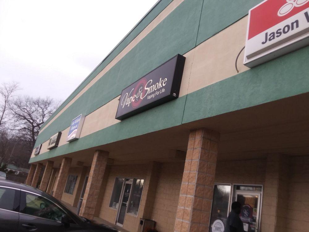 Vape & Smoke - Stevensville: 4080 Red Arrow Hwy, Stevensville, MI