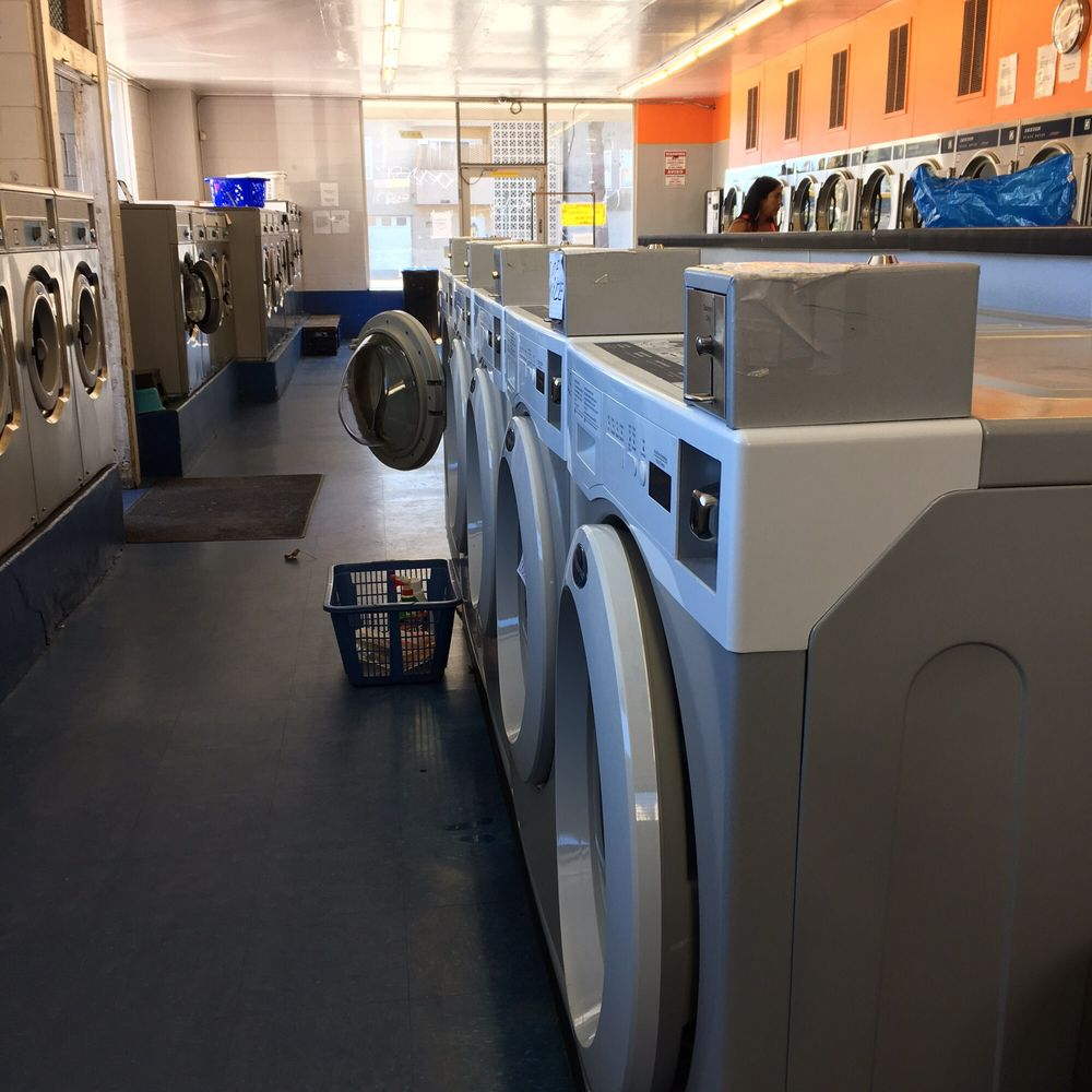 Holiday Coin Laundry - 22 Reviews - Laundromat - 1187