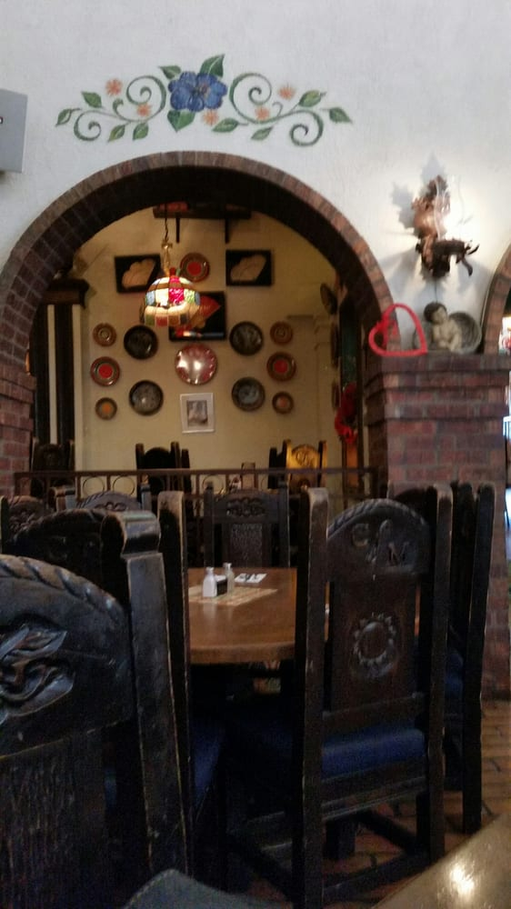 Mexican Restaurant With Mariachi Band Near Me