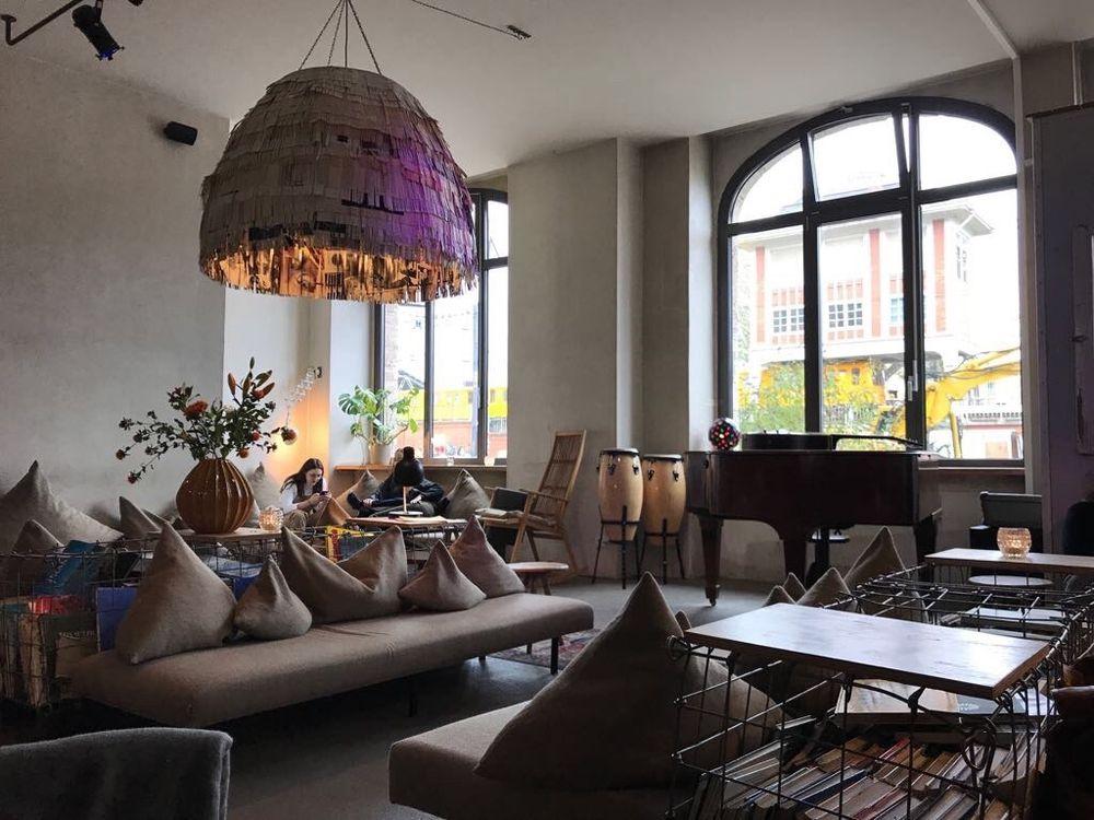 michelberger hotel 91 fotos 41 beitr ge hotel warschauer str 39 40 friedrichshain. Black Bedroom Furniture Sets. Home Design Ideas