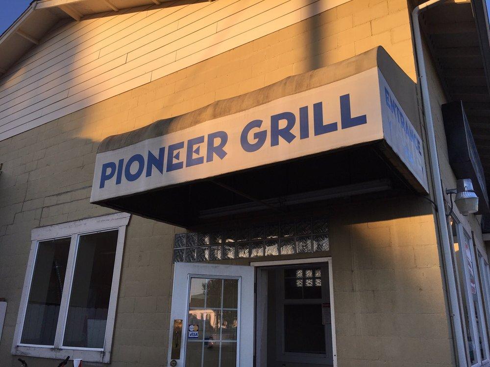 The Pioneer Grill: 410 W Main St, Elma, WA