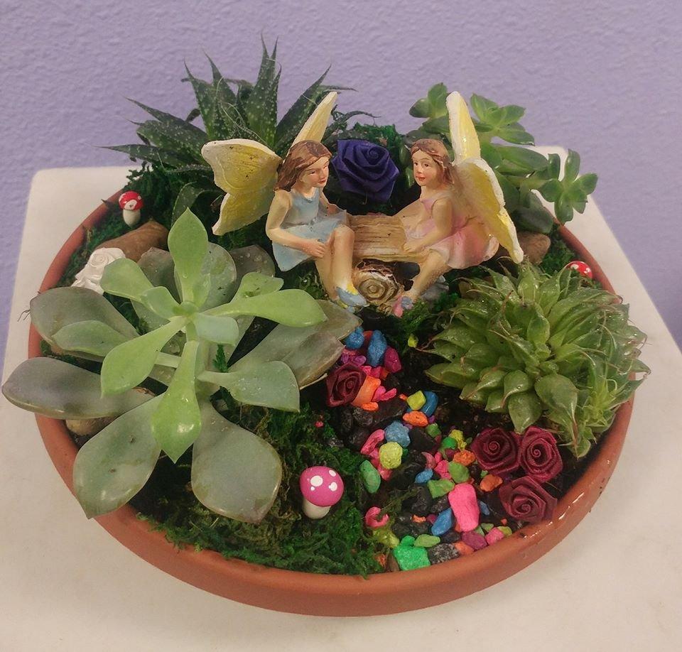 Maddy's Old Town Flowers: 23781 NE State Rt 3, Belfair, WA