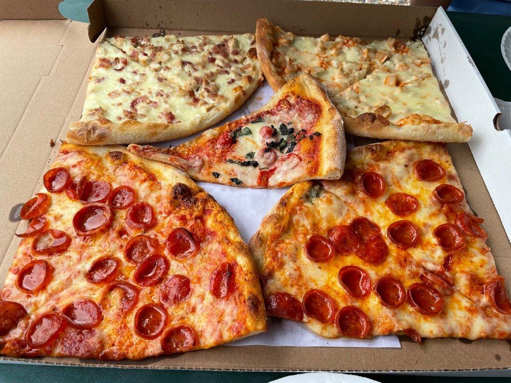Camisa Pizza: 129 Decker Pond Rd, Andover, NJ