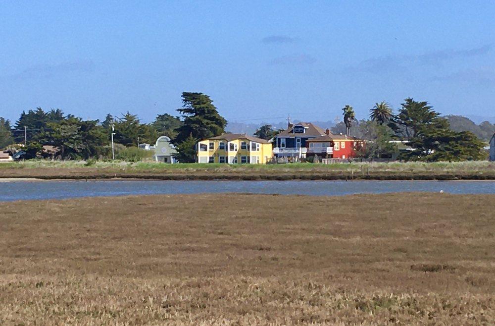 Captain's Inn at Moss Landing: 8122 Moss Landing Rd, Moss Landing, CA
