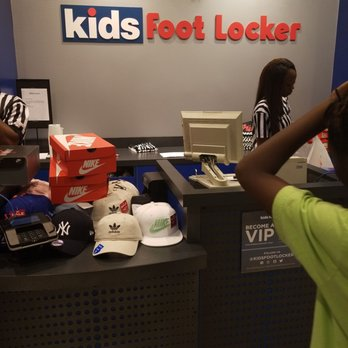 2f85eabe7edefb Kids Foot Locker - Shoe Stores - 1242 Willowbrook Mall