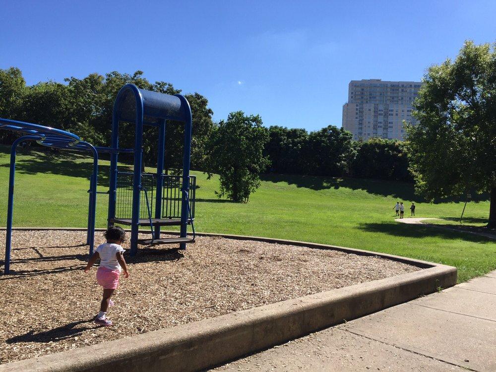 Spotts Park: 401 S Heights Blvd, Houston, TX