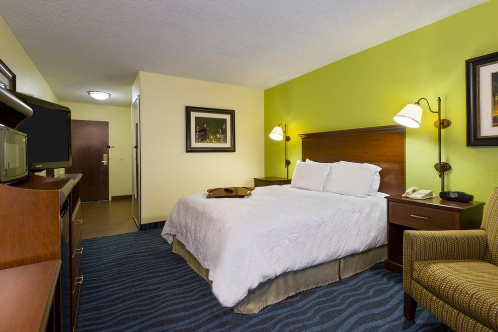 hampton inn atlanta perimeter center 32 photos 24 reviews hotels 769 hammond dr ne atlanta ga phone number yelp - Hampton Inn Bedding