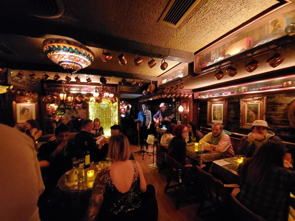 Blind Lemon: 936 Hatch St, Cincinnati, OH