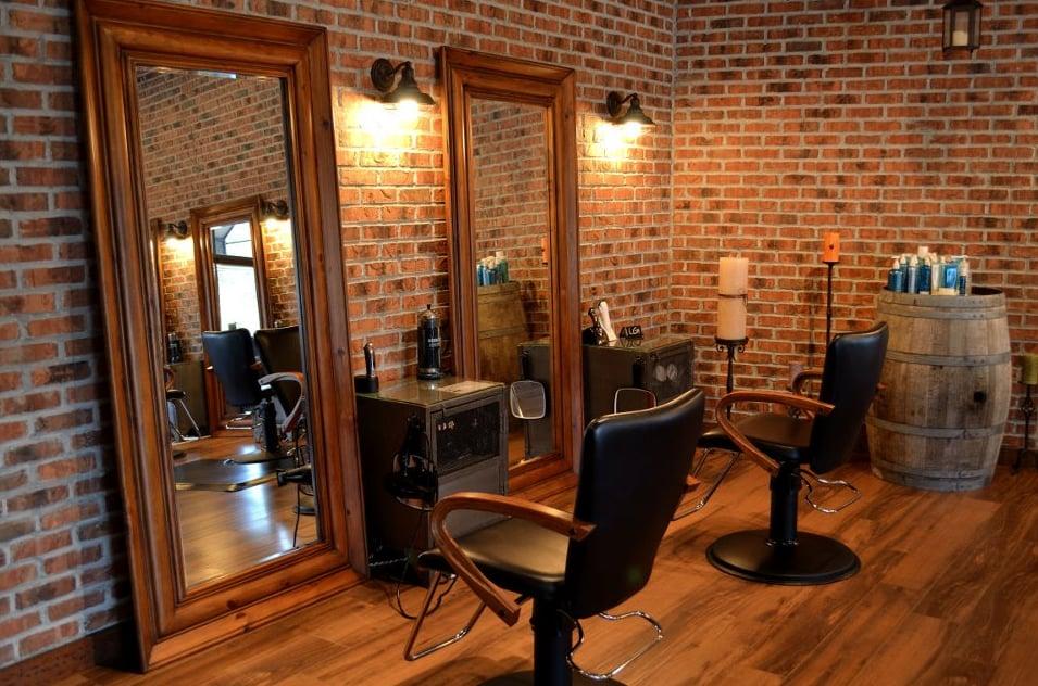 LG Salon: 45 Merrick Rd, Amityville, NY