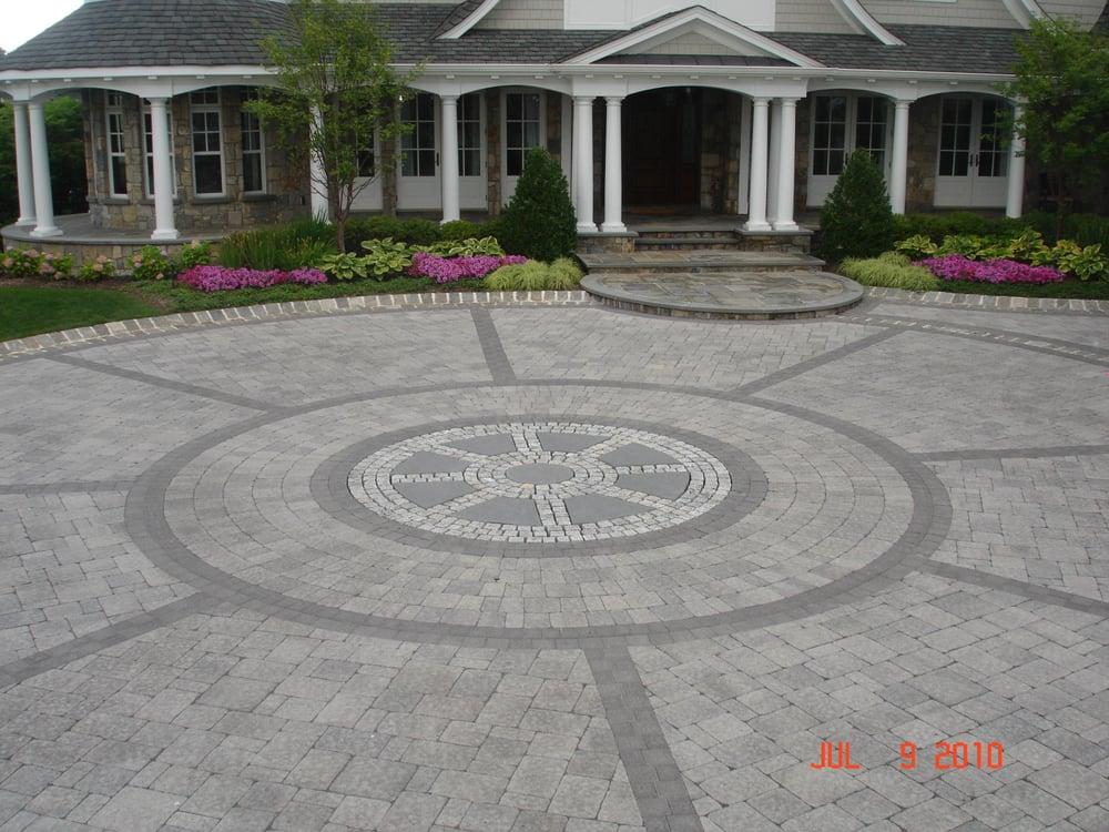 Xl Paver Courtyard With Granite Block Borders Granite And