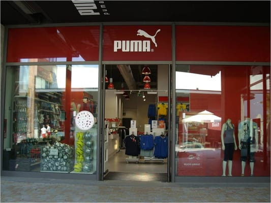 finest selection dfdc2 c624f Puma Outlet - Negozi di scarpe - Piazza Santa Caterina, ang ...