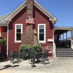 The Red House Cafe Pacific Grove