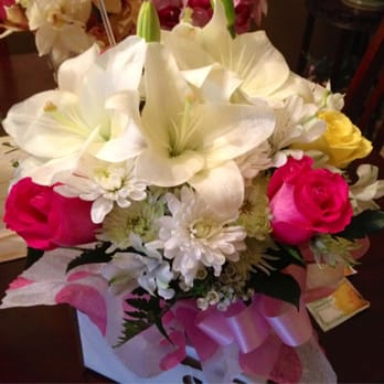 Photo Of Essence Flowers Sunnyvale Ca United States Pre Made White Lily