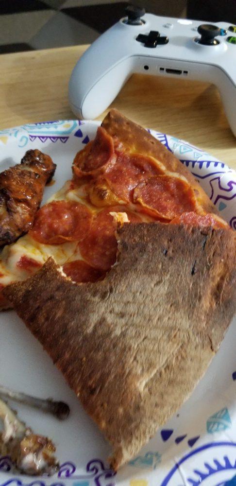 Papa John's Pizza: 717 N. Highway 47, Warrenton, MO