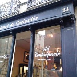 Le Cabinet Des Curiosites Antiques 34 Rue Bouffard Hotel De