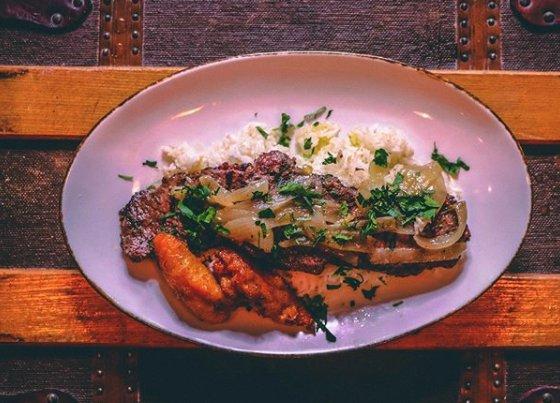 Cubano's Restaurant: 1201 Fidler Ln, Silver Spring, MD