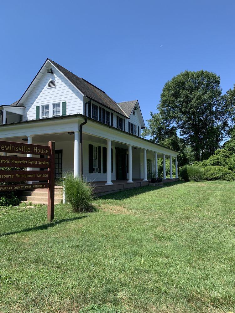 Lewinsville Park: 1659 Chain Bridge Rd, McLean, VA