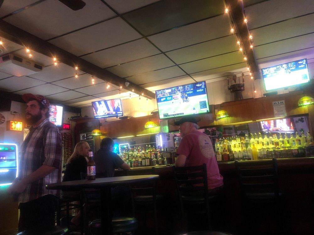 Punky's Pub: 16 S Park Ave, Lombard, IL