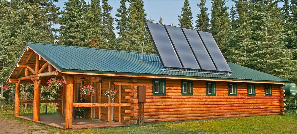 Red Eagle Lodge: Mile 32 7 Tok Cutoff, Chistochina, AK