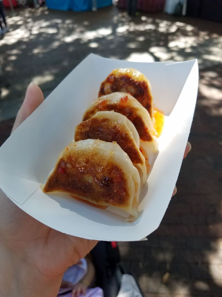 The Lucky Dumpling Co: Lake Eola Park, Northeast Orlando, FL