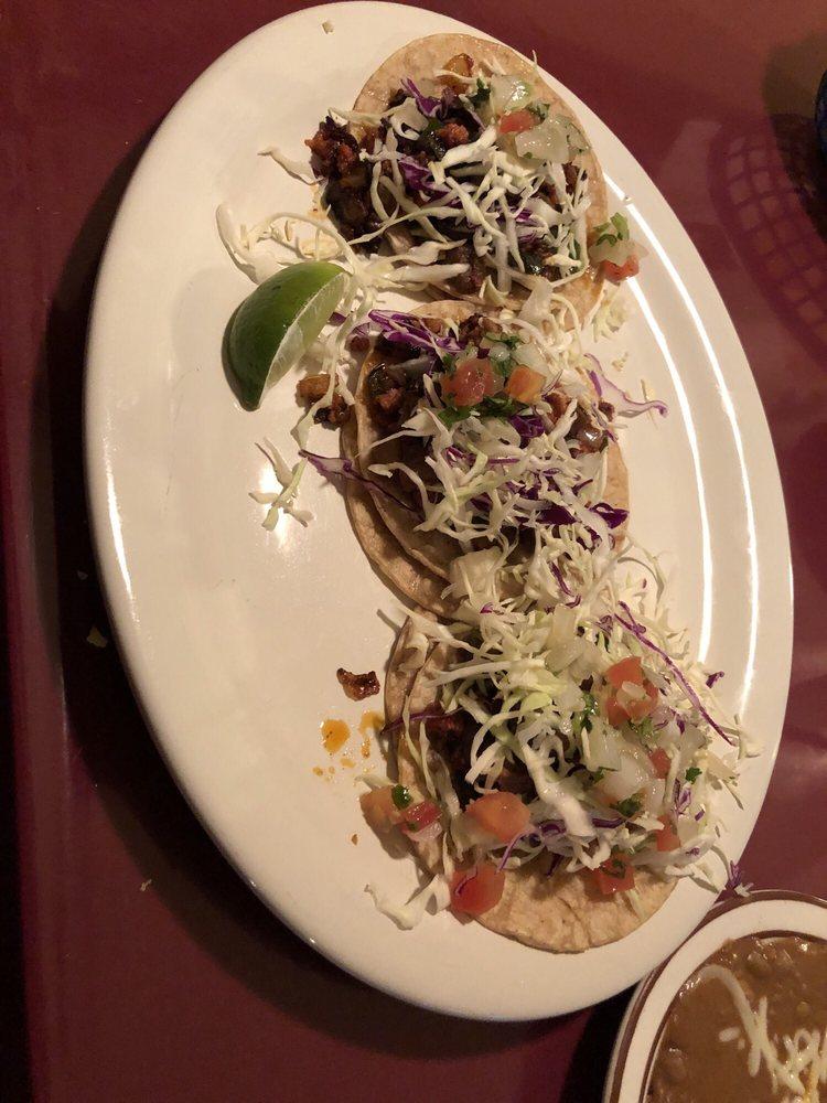El Toro Restaurant & Cantina: 701 N 2nd St, Clinton, IA