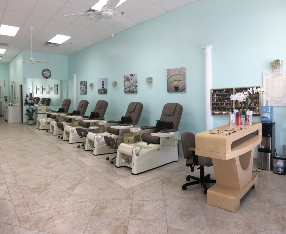 Lucky Nails & Spa - 27 Photos & 77 Reviews - Nail Salons - 42150 ...