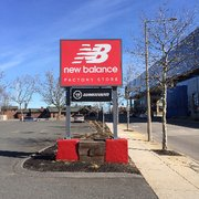 new balance outlet brighton hours