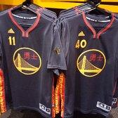 Golden State Warriors Team Store - 113 Photos   138 Reviews - Sports ... 5113b1a72996