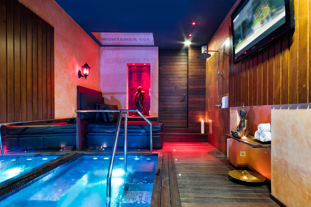 Photo Of Haima   Barcelona, Spain. Private Jacuzzi At Muntaner 101 Street