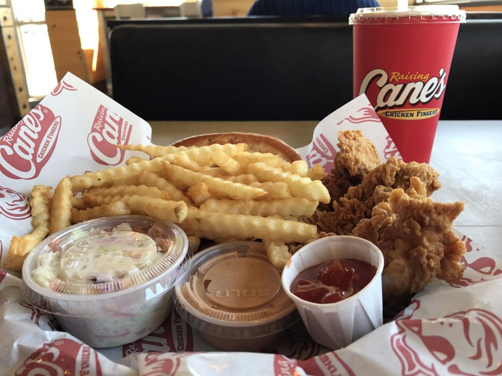 Raising Canes Chicken Fingers Fast Food 1613 W I 240 Service Rd