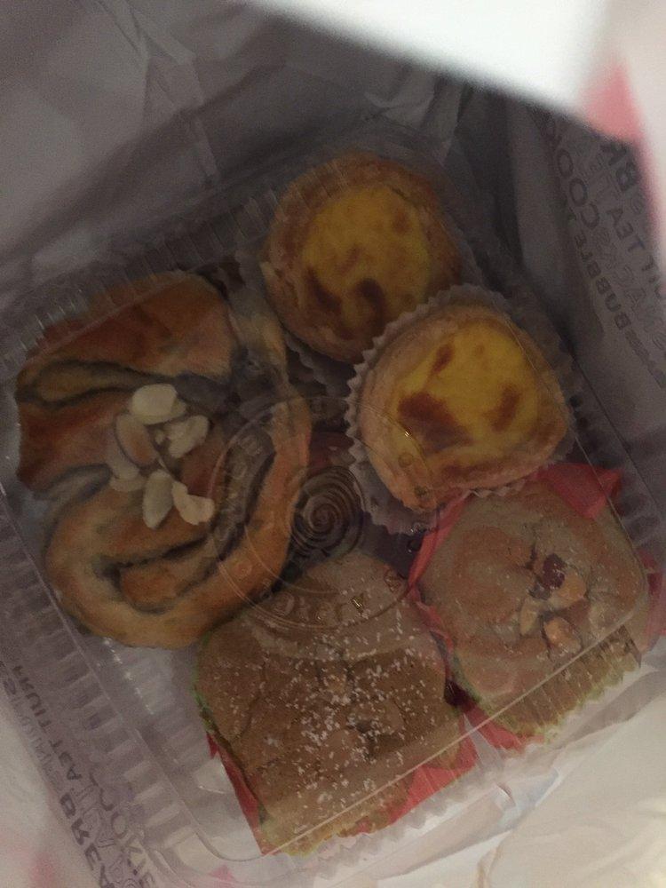 Sweet Hut Bakery & Cafe - 1465 Photos & 586 Reviews
