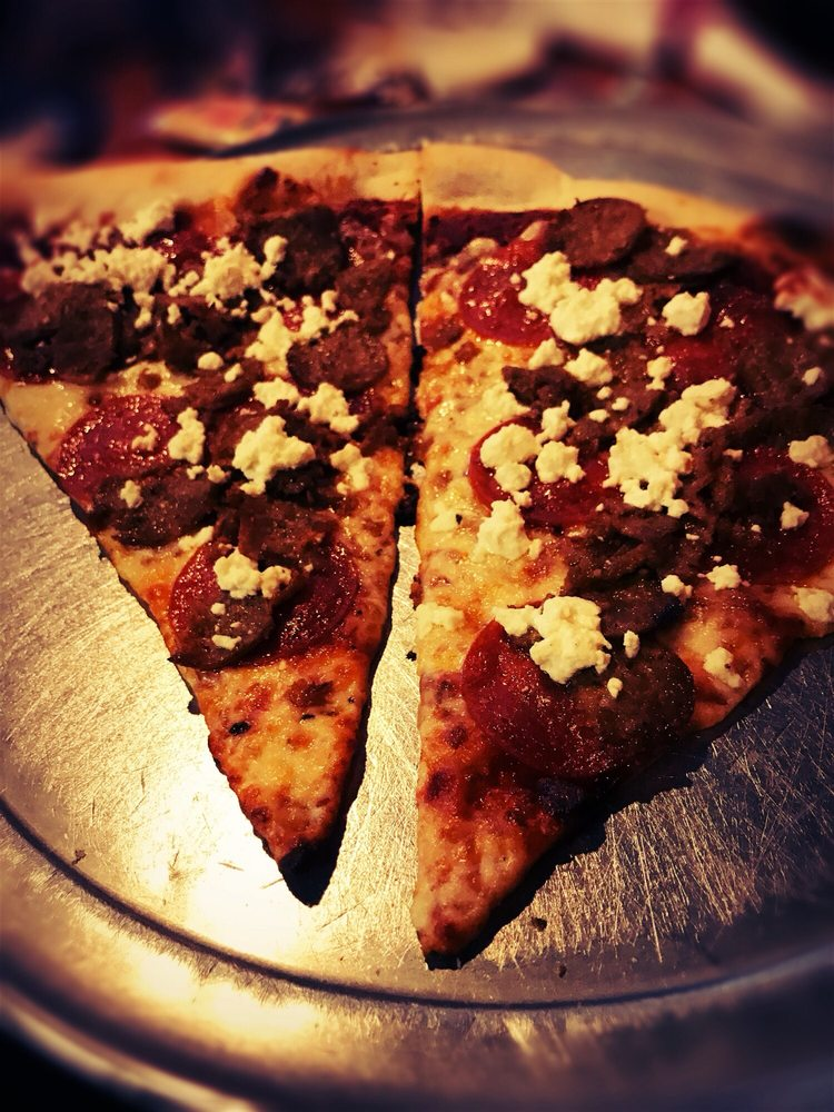 Food from Broomelli Boys Pizzeria