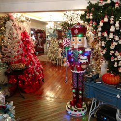Rogers Christmas House Village 34 Photos Antiques 103 S Saxon