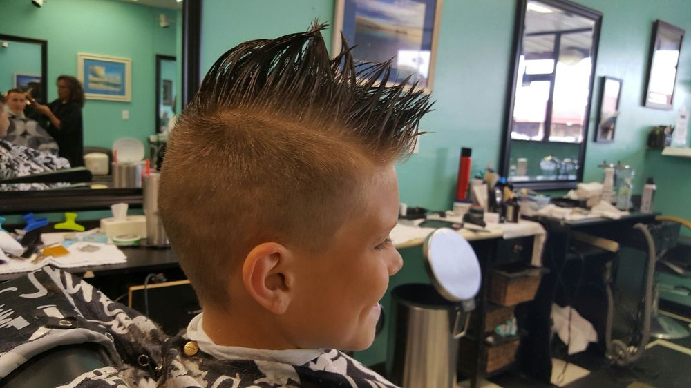 Cut-Off Barber Shop: 144 Mary Esther Blvd, Mary Esther, FL