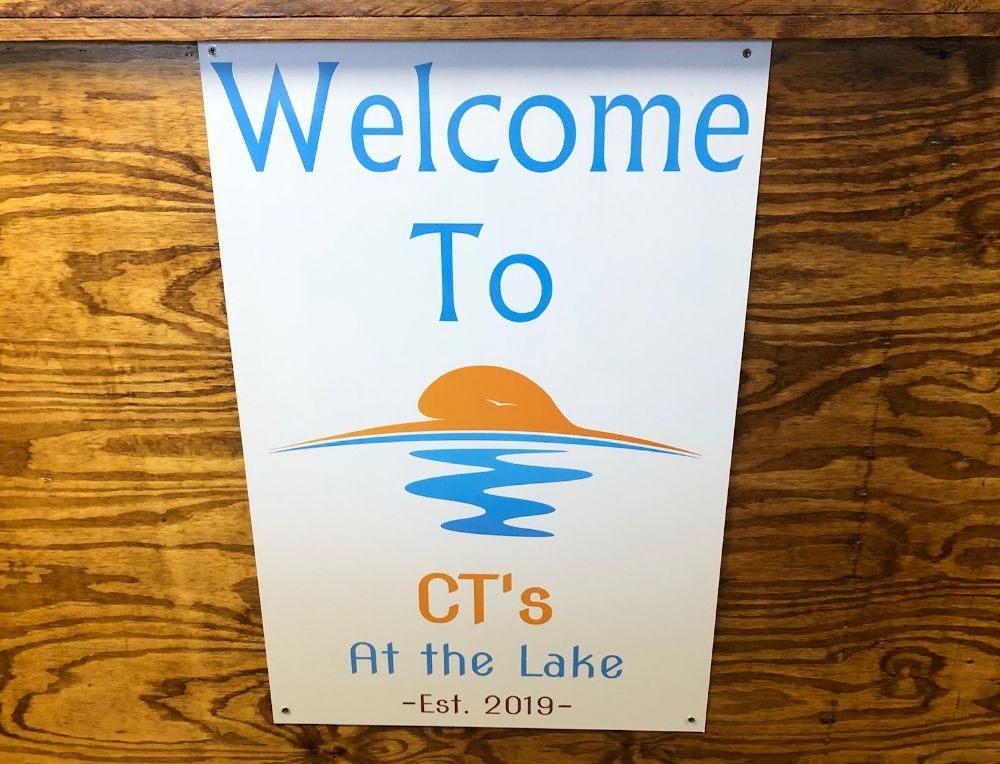 CT's at The Lake: 950 Black Oak Rd, Bonneau, SC