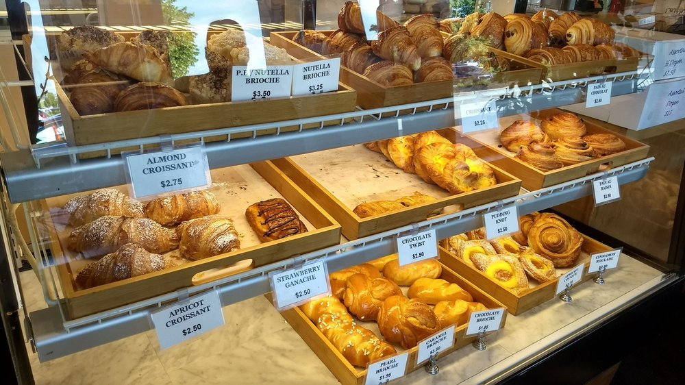 Le Petit Paris - French Bakery: 569 N 155th Plz, Omaha, NE