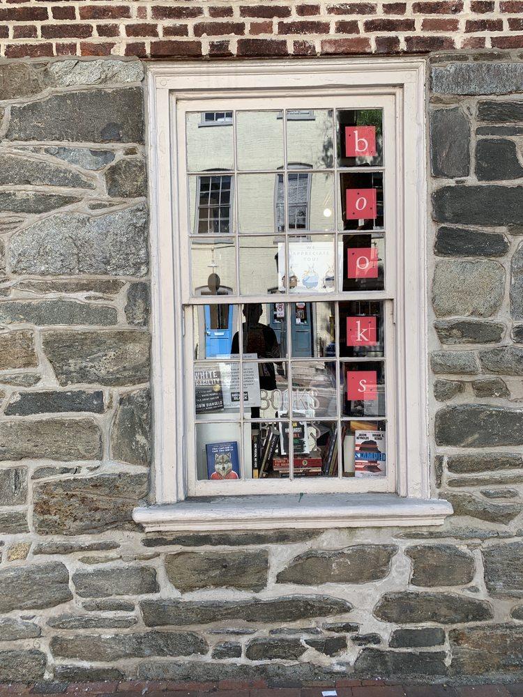Old Town Books: 104 S Union St, Alexandria, VA