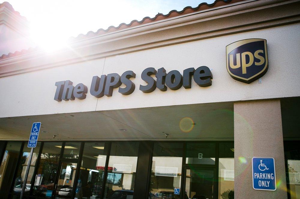 The UPS Store: 1350 E Pacheco Blvd, Los Banos, CA