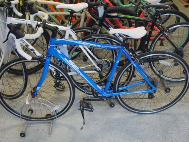Ride On Bikes and Rentals: 103 E Lake Shore Dr, Culver, IN
