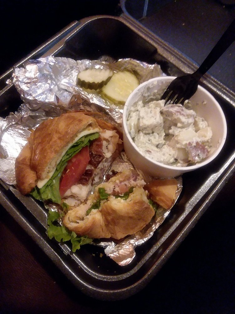 Pirkle's Deli & Catering: 306 S Main St, Cedartown, GA