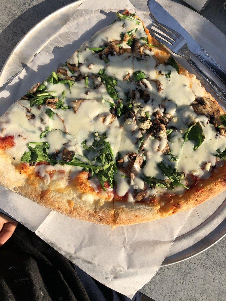 Fellini's Pizza Buckhead: 2809 Peachtree Rd NE, Atlanta, GA