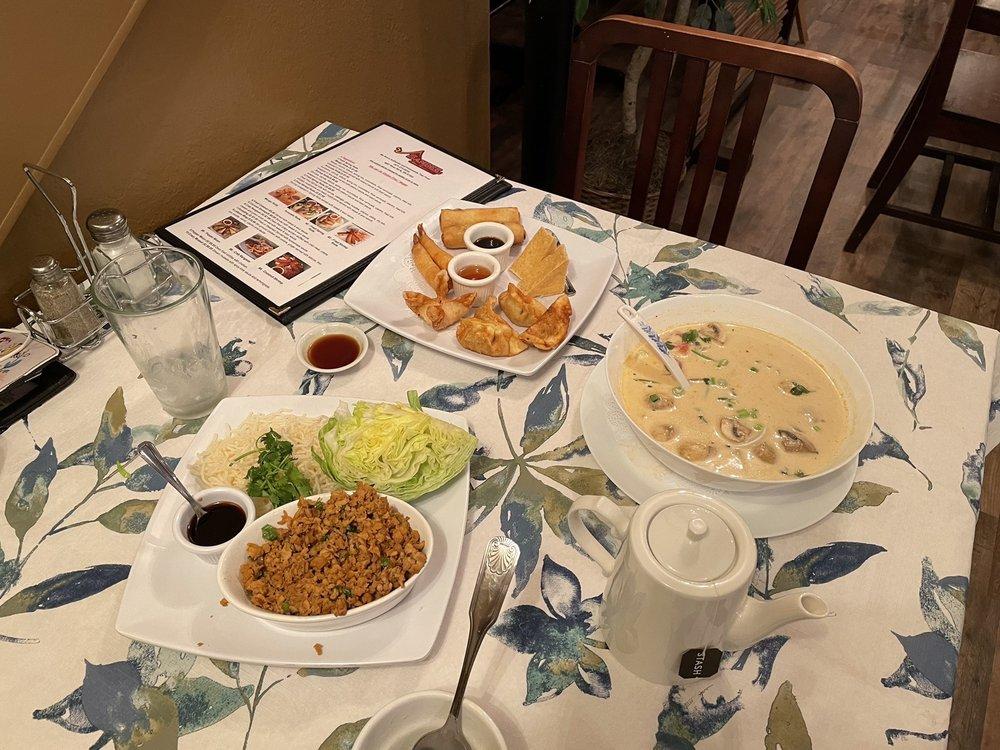 Sandee Thai Restaurant: 4907 River Rd N, Keizer, OR