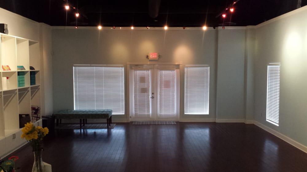 Barefoot Girl Yoga: 828 Fm 2094, Clear Lake Shores, TX